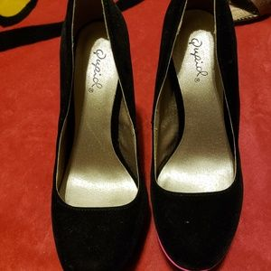 Qupid Platform High Heel Shoes Size 6